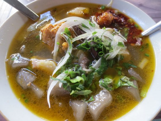 Banh canh gio - A Vietnamese soup
