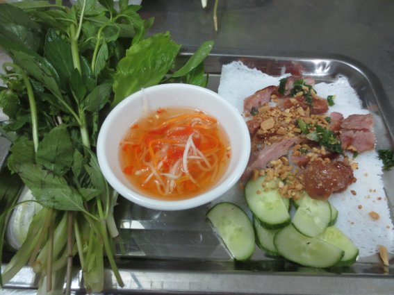Banh hoi, one of the many roll-your-own spring roll style dishes