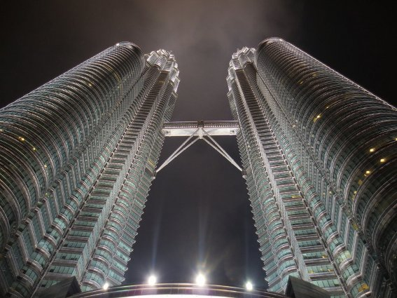 The Petronas twin towers light up at night